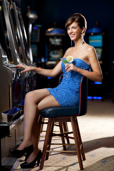 was zieht man als frau im casino an